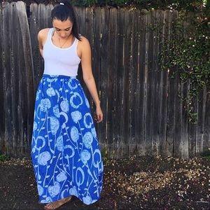 Vintage 1970s 70s Maxi Skirt Size Large Blue
